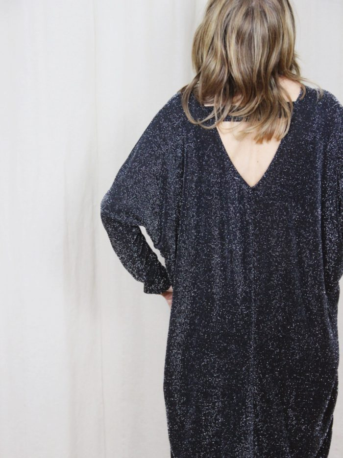 Black_Sparkly_Dress_Low_Back_Long_Sleeves
