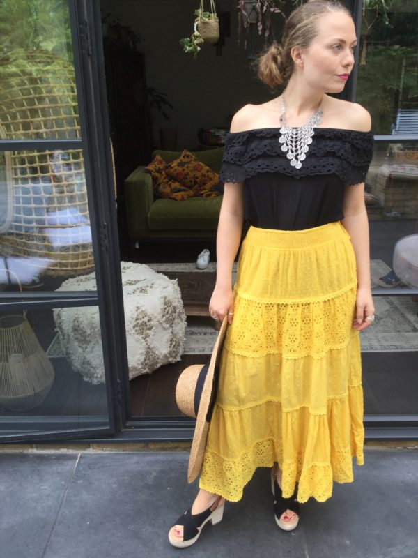 Thaynia-Top-Black-Sandy-Skirt-Yellow
