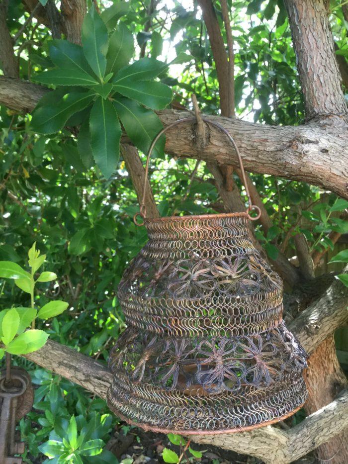 Wire-Hanging-Lantern